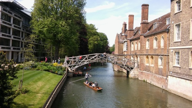 Cambridge mathetmatical bridge.jpg